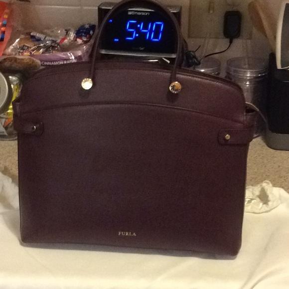 4f809d8ec7a4 Furla Agata Medium or Large Tote bag